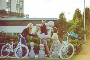 Bliżsi (nie tylko) w święta. 3 pomysły na wspólne aktywne spędzanie czasu z rodziną