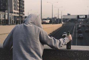 Suicydolodzy: z powodu samobójstw ginie w Polsce więcej ludzi niż w wypadkach