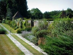 Tajemniczy ogród i inne miejsca z ukochanych książek. Jakie są naprawdę?