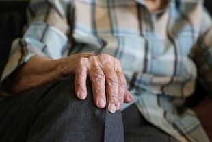 Seniorzy bez opieki
