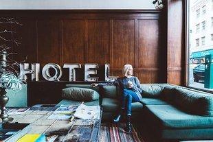 Hotelowy pokój mnie truje! Te miejsca roją się od zarazków