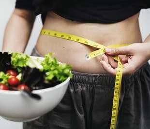10 przereklamowanych produktów FIT, z którymi nigdy nie schudniesz
