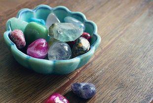 Uzdrawiająca moc kamieni. Poznaj kamienie dla swojego znaku Zodiaku!