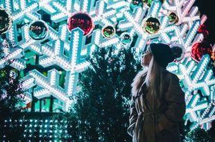 """Koszmar przedświątecznej gorączki –  dlaczego przestajemy odczuwać """"magię świąt""""?"""