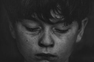 Depresja dotyka coraz więcej dzieci