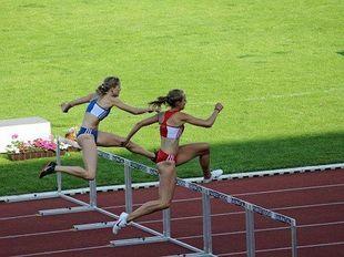 Obniżanie stężenia testosteronu u kobiet prowadzi sport na manowce