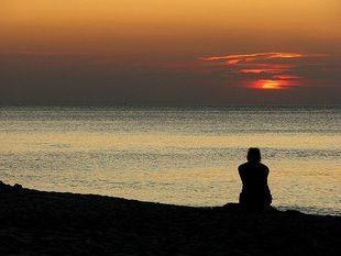 Epidemia samotności może stanowić większy problem dla społeczeństwa niż otyłość