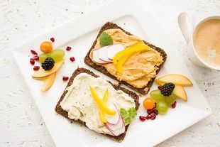 Jedzenie śniadań może zmniejszać ryzyko otyłości