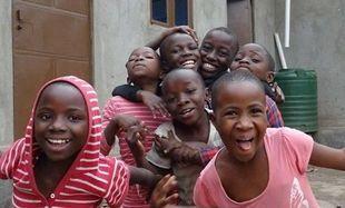 Pomóżcie nam wysłać paczki do sierocińca w Ugandzie!