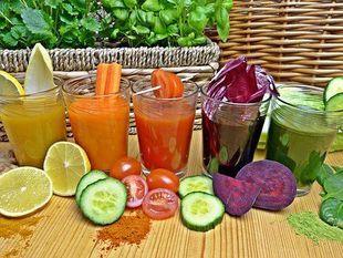 Jesienny detoks – jak przygotować się i wytrwać na diecie sokowej?