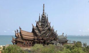 Sanktuarium Prawdy - spełnione marzenie tajskiego milionera