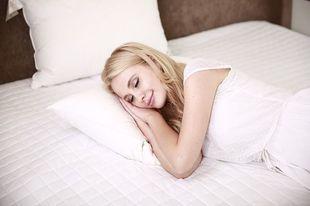 9 sposobów na to, by schudnąć podczas snu