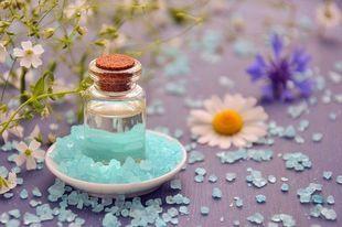 5 sposobów użycia gruboziarnistej soli dla domu, zdrowia i urody