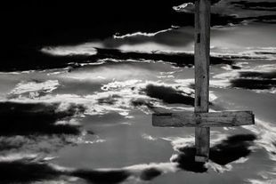 Odwrócony krzyż św Piotra - symbol chrześcijan czy satanistów?
