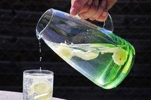 6 dobrodziejstw płynących z picia wody, o których nie każdy wie