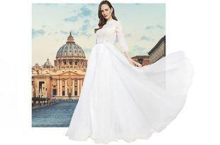 Polska projektantka stworzyła suknię ślubną na stulecie urodzin Jana Pawła II. W metce jest woda święcona z Watykanu