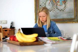 Część dzieci może słono zapłacić za zdalne nauczanie