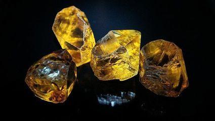 Cytryn - kamień, który ma przyciągać pieniądze