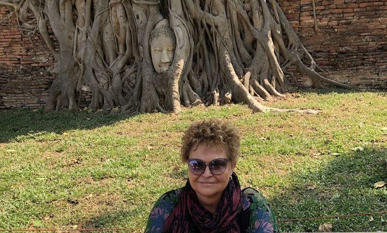 Tajlandia, słynny Budda w drzewie