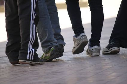 Co stopy i nogi mówią na nasz temat? Wyjaśnia Joe Navarro, były agent FBI, specjalista od mowy ciała