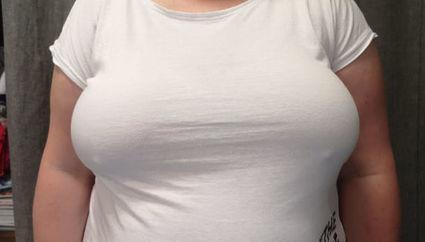 Co powoduje tkliwość piersi w okresie menopauzy?