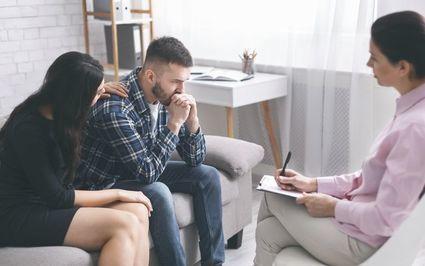 Psychoterapia par. Na czym polega i jak przebiega?