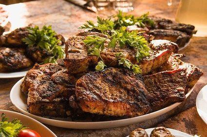 Poznaj trzy sztuczki, które sprawiąją, że mięso rozpływa się w ustach