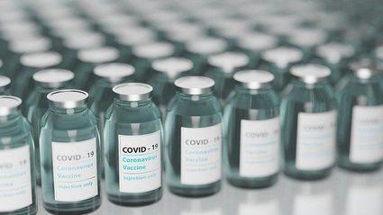 W Izraelu 4500 osób zachorowało na  COVID-19 już po otrzymaniu pierwszej dawki szczepionki