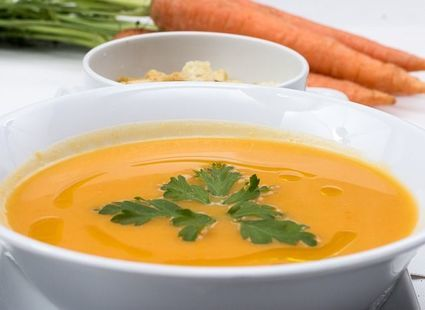 Ziemniaczana zupa z kurkumą. Samo zdrowie!