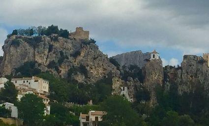 Zamek Guadalest i legenda o pięknej Zoraimie