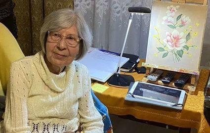 """""""Mam już 85 lat, choruję na Parkinsona, a malowanie jest dla mnie najlepszym lekarstwem."""""""