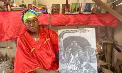Dominikana - tu magia splata się z religią. Uzdrowicielka Miranda rozmawia ze świętymi