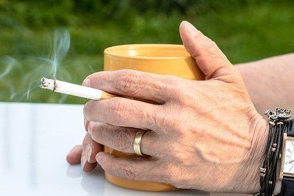 Nikotyna jednak chroni przez koronawirusem? Opublikowano kolejne wyniki badań