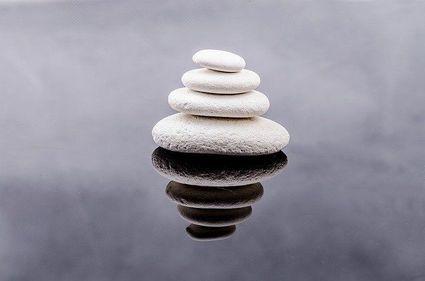 Cztery prawa karmy, które pozwolą ci lepiej zrozumieć swoje życie