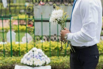 Czy apostata może mieć katolicki pogrzeb?