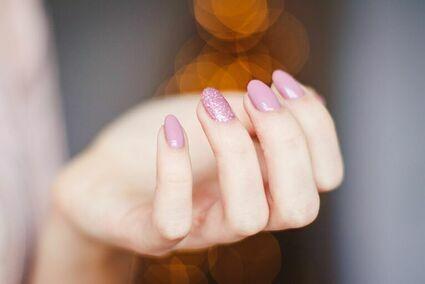 11 najgorętszych trendów w manicure: Wiosna 2021