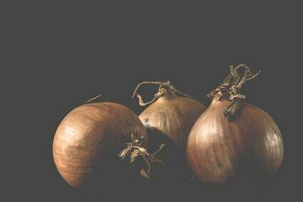 Magiczny rytuał z cebulą dla osób, które zostały skrzywdzone