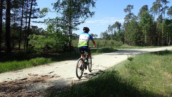 Rowerem do nieistniejącej wsi Bonów