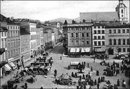Rynek w czasie jarmarku z 1910 r.