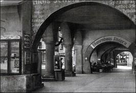 ul. Rynek, podcienie, ok. 1936 r.