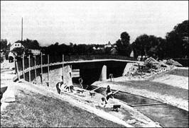 Budowa mostu im. Alfreda Hitlera - lata 30-te XX w.