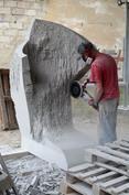 Rzeźbią w granicie
