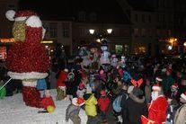 Świebodzice odwiedził Mikołaj (fot. Wydział Promocji UM)