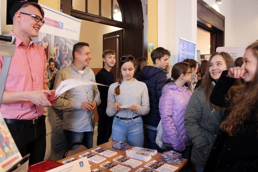 Młodzi Świebodziczanie na Targach Przedsiębiorczości