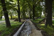 Park przy ul. Jeleniogórskiej- budowa alejek