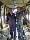 Dwóch pilotów w samolocie