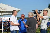 TVP# przeprowadza wywiad z dwoma mężczyznami