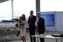 Na zdjęciu widać stojących członków Zarządu Invest-Park Development: Pawła Kurtasza, Annę Kanie i Bartłomieja Grzegorczyka.