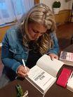 Podpisywanie ksiązki