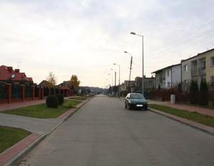 Poprawa dostępu do regionalnego układu komunikacyjnego poprzez modernizację dróg na osiedlu Wiślana – Żwica w Dęblinie – I etap
